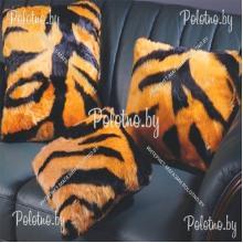 Подушка декоративная меховая Тигр