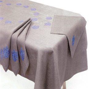 Набор на 12 персон льняная скатерть и 12 салфеток в подарочной упаковке